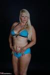 Sweet Susi. Blue Bikini & Bubbles Free Pic 10