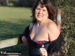 . In The Country Free Pic 4
