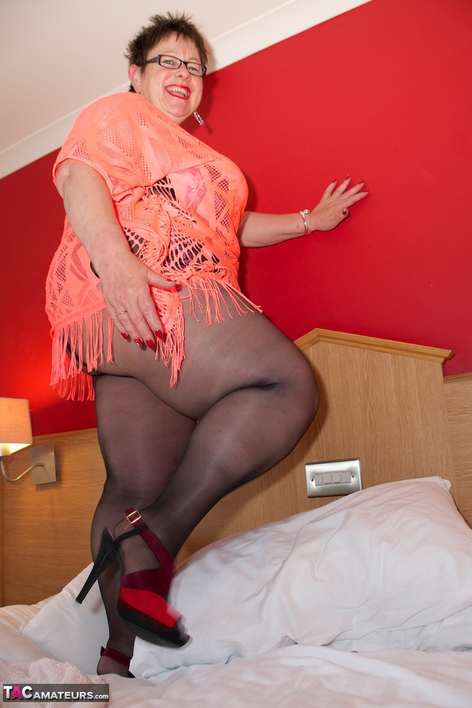 Dirty Doctor - Orange Top  Ripped Tights Pictures-3164