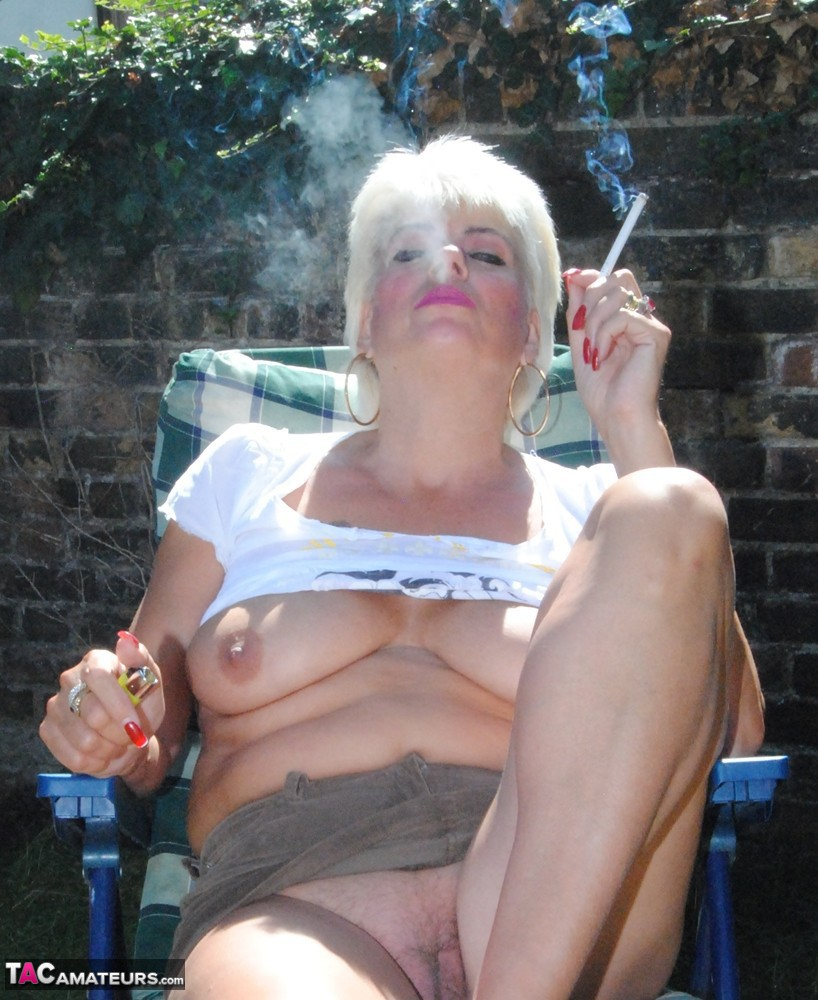 Granny mature smoker video, world super sexy guys naked photos