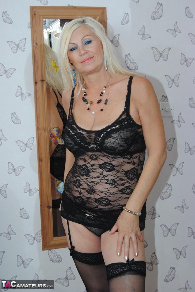 Short Skirt Stripping 45
