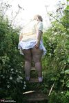 LexieCummings. Outside In Lyn Garden Free Pic 17