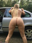 SweetSusi. Hairy Pussy In The Car Free Pic 11