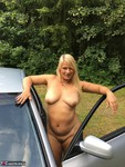 SweetSusi. Hairy Pussy In The Car Free Pic 15