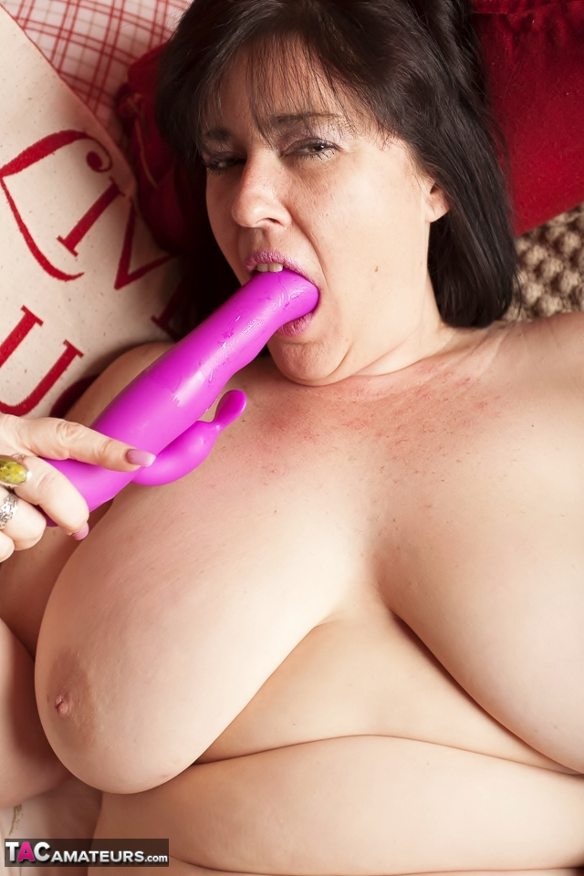 Brasilianerin Monsterschwanz Bbw Handjob