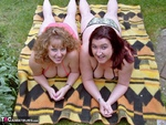 Curvy Claire. Sunbathing With Kinky Kelly Free Pic 4