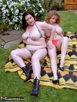 CurvyClaire. Sunbathing With Kinky Kelly Pt2 Free Pic 7