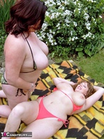 CurvyClaire. Sunbathing With Kinky Kelly Pt2 Free Pic 10