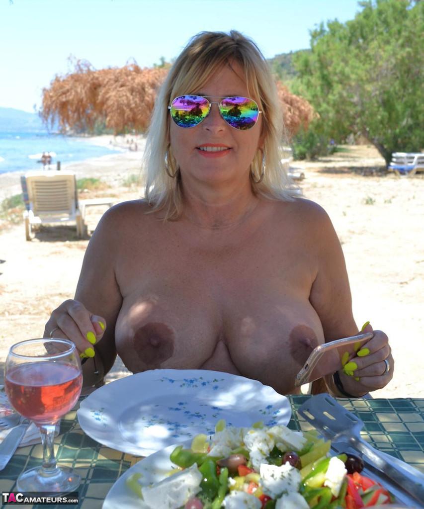 Chrissy – mes vacances naturistes