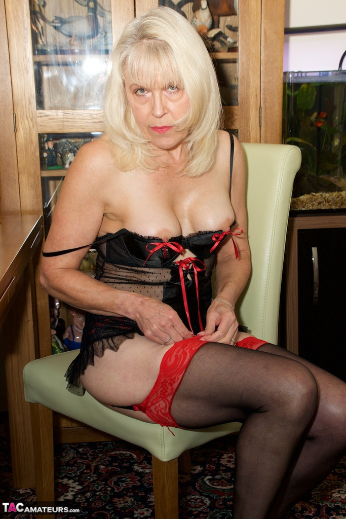 Dirtydoctor-Sexy Pvc Nurse Pictures-8151