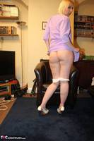 TraceyLain. Housewife Tracey Free Pic 5