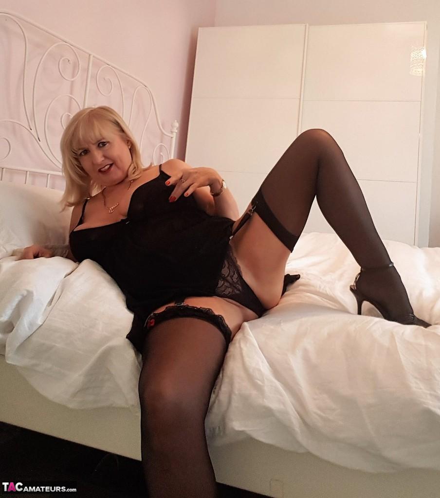 tacamateurs tgps 0028 28250 cun join me in bed pic01