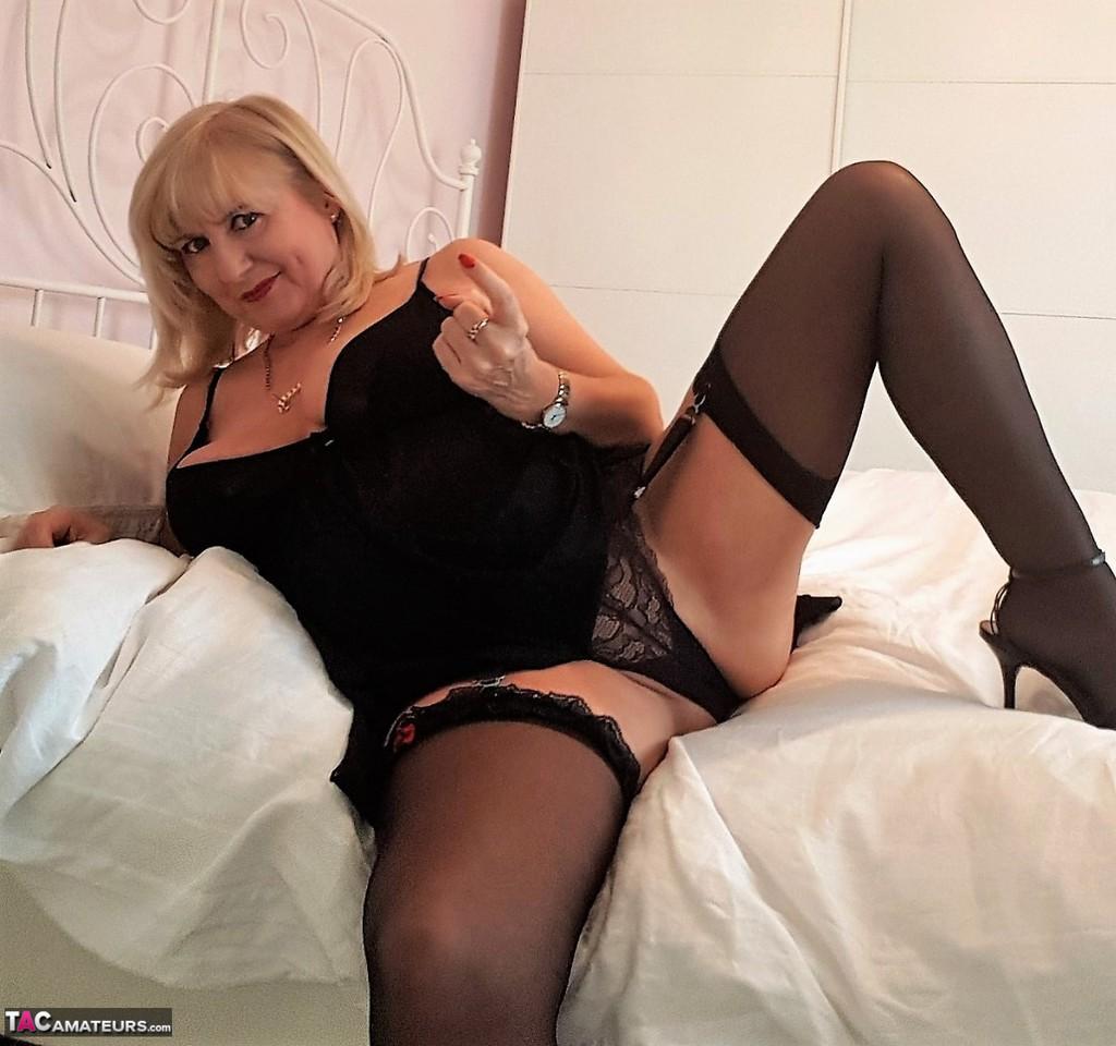 tacamateurs tgps 0028 28250 cun join me in bed pic02