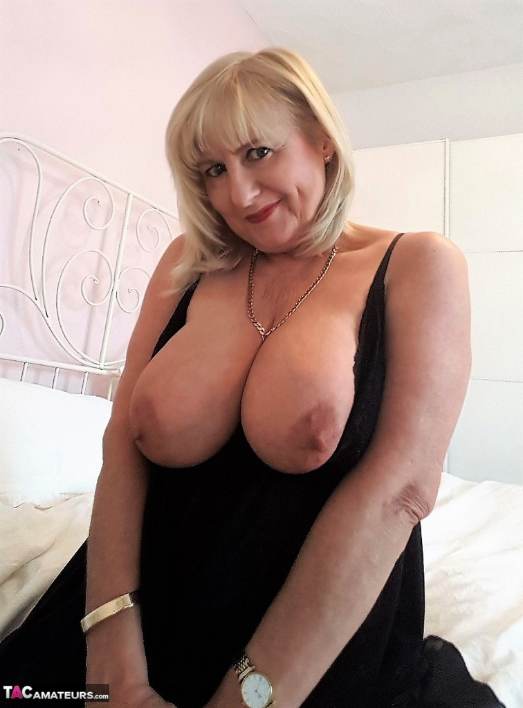 tacamateurs tgps 0028 28250 cun join me in bed pic07