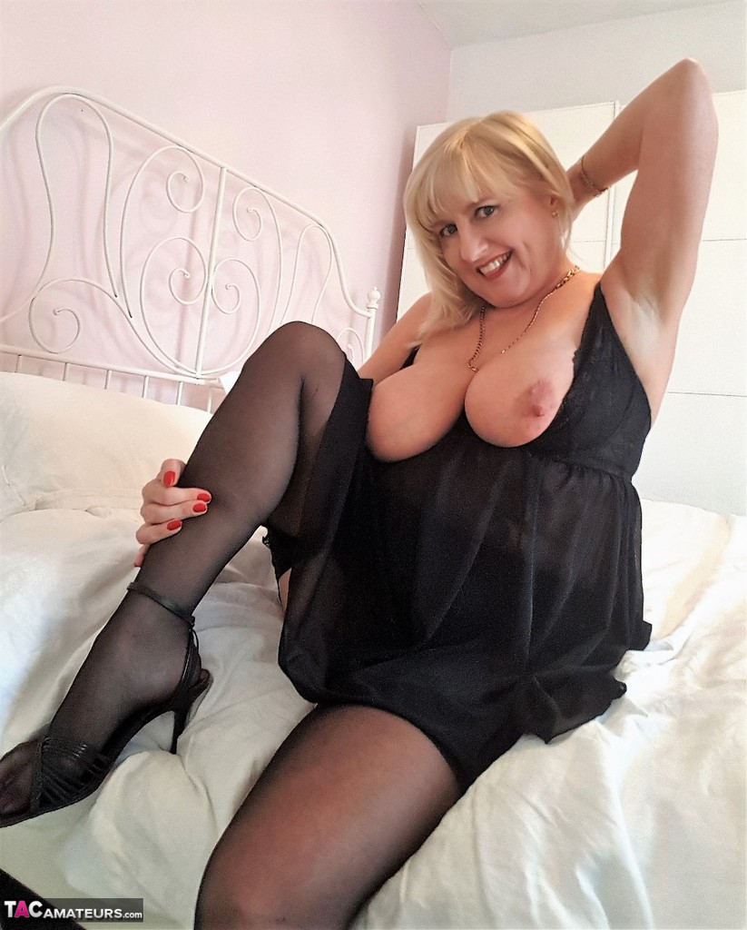 tacamateurs tgps 0028 28250 cun join me in bed pic08