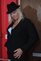 . Suit Strip Free Pic 3