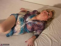. Blue Velvet Free Pic 3