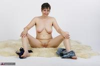 Hot Milf. Strip In Hot Pants Free Pic 16