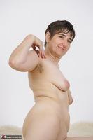 Hot Milf. Strip In Hot Pants Free Pic 19