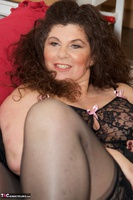 Dirty Doctor. Gilly In The Lounge Free Pic 16