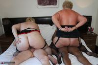 LexieCummings. Four On A Bed Free Pic 2