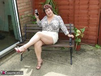 Kinky Carol. Relaxing In The Garden Pt1 Free Pic 2