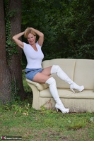 MollyMILF. Sofa In The Woods Free Pic 1