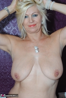 PlatinumBlonde. Pussy On Show Free Pic 2