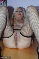 PlatinumBlonde. Pussy On Show Free Pic 11