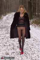 KyrasNylons. Flashing Pussy In Pantyhose Outside Free Pic 2