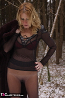 KyrasNylons. Flashing Pussy In Pantyhose Outside Free Pic 6