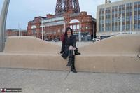 BarbySlut. Barby Does Blackpool Free Pic 1
