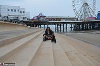 BarbySlut. Barby Does Blackpool Free Pic 11