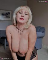 . Slow Sensual Striptease Free Pic 14