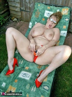 CurvyClaire. Sunbathing Pt2 Free Pic 9