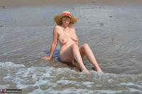 BarbySlut. Beach Barby Free Pic 17