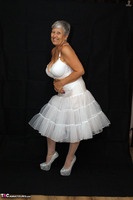 . Petticoat Free Pic 1