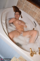 Sophia Delane. Bubble Bath Free Pic 9