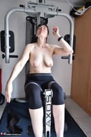 HotMilf. Fitness Training Free Pic 11
