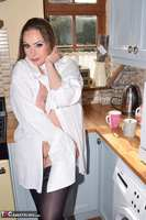 PhillipasLadies. Curvy Sophia stripping in the kitchen Free Pic 5