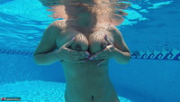 SweetSusi. Naked In The Pool Free Pic 11