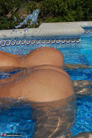 Sweet Susi. Two Hot Girls In The Pool Free Pic 16