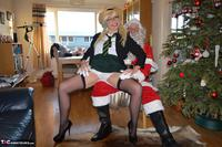 BarbySlut. Barby & Naughty Santa Free Pic 4