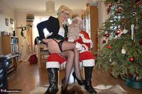 BarbySlut. Barby & Naughty Santa Free Pic 12