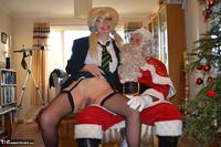 BarbySlut. Barby & Naughty Santa Free Pic 13