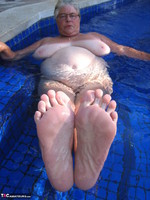GirdleGoddess. Butt Naked In The Swimming Pool Free Pic 14
