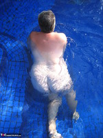 GirdleGoddess. Butt Naked In The Swimming Pool Free Pic 17