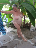 Girdle Goddess. Smoking! Free Pic 18