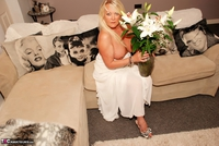 JessicasHoneyz. Naughty Nicky Lady In White Pt1 Free Pic 7