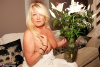 JessicasHoneyz. Naughty Nicky Lady In White Pt1 Free Pic 9